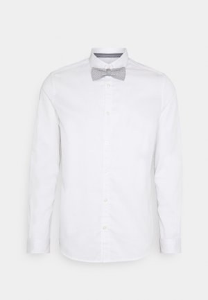 FITTED EASY CARE WITH BOWTIE - Košile - white