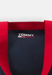 Tommy Jeans - CAMPUS TOTE - Shopping bag - blue - 4