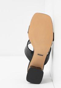 Topshop - DINA BLOCK MULE - Mules à talons - black - 4