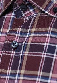 Andrew James - Shirt - bordeaux rosa - 2