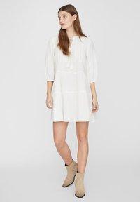 Vero Moda - BOHO - Korte jurk - snow white - 1
