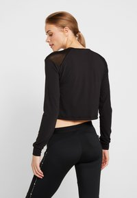 ONLY Play - ONPJAVA CROPPED TEE - Long sleeved top - black - 2