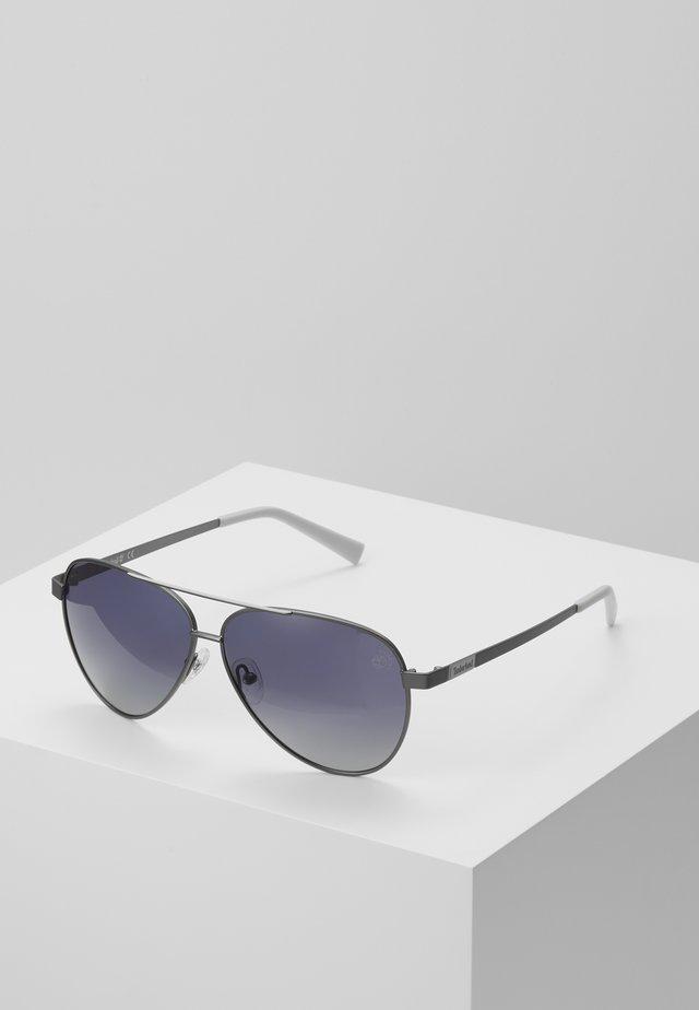 Sunglasses - matte gunmetal/smoke