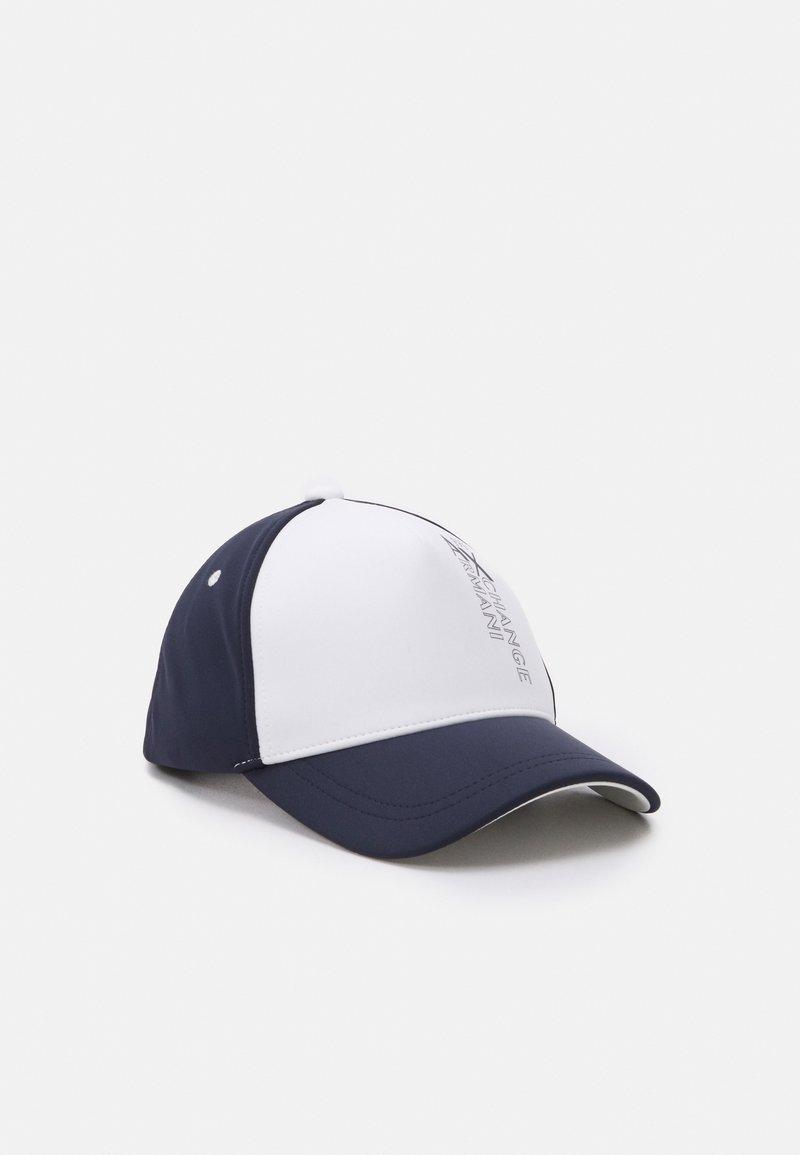 Armani Exchange - BASEBALL HAT - Cap - white/navy