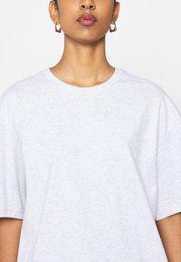 adidas Originals - T-shirts - grey - 4