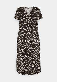 Dorothy Perkins Curve - WRAP SPOT  - Vestido largo - mottled black - 4