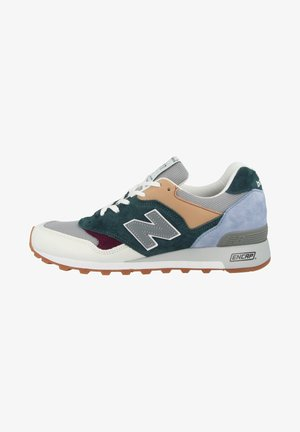 SCHUHE M 577 - Trainers - white-grey-teal
