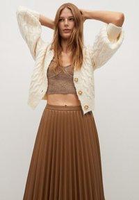 Mango - ONA - A-line skirt - středně hnědá - 2