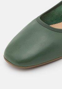 Filippa K - REY FLAT - Baleríny - green emerald - 6