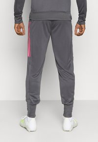 adidas Performance - REAL MADRID AEROREADY FOOTBALL TRACKSUIT SET - Klubové oblečení - grey - 5