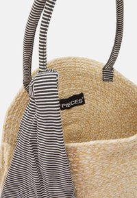 Pieces - PCTASSY BAG - Shoppingveske - nature - 2