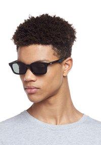 Le Specs - CARMITO - Sunglasses - black - 1