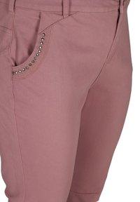 Zizzi - Denim shorts - dark rose - 3