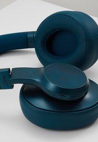 Fresh 'n Rebel - CLAM ANC WIRELESS OVER EAR HEADPHONES - Koptelefoon - petrol blue - 6