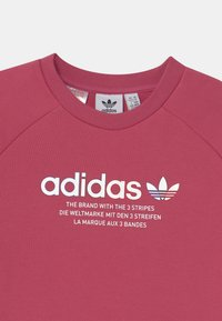 adidas Originals - TRI COLOUR CREW - Sweatshirt - wild pink - 2