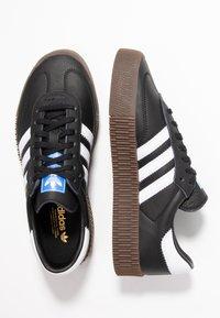 adidas Originals - SAMBAROSE - Baskets basses - core black/footwear white - 3