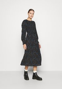 Dorothy Perkins - SMOCKED MIDI  - Day dress - black - 0