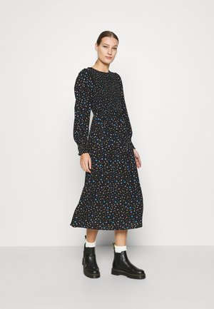 SMOCKED MIDI  - Kjole - black