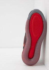 Nike Sportswear - AIR MAX 720 - Sneakers basse - black/university red/white - 5