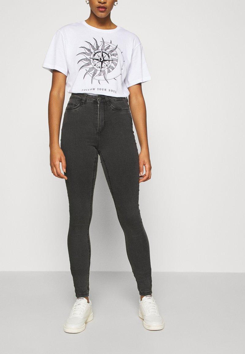 Noisy May - NMCALLIE - Jeans Skinny Fit - dark grey denim