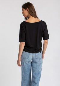Lanius - Basic T-shirt - black - 2