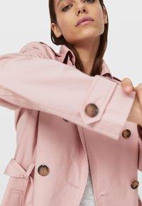 Stradivarius - Trenchcoat - pink - 3