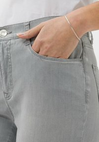 BRAX - STYLE MARY - Slim fit jeans - used summer grey - 3