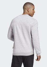 adidas Performance - BADGE OF SPORT FLEECE SWEATSHIRT - Sweatshirt - grey - 1
