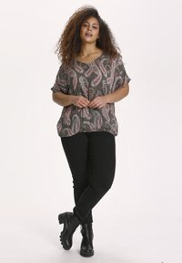 Kaffe Curve - KCARKY - Blouse - grape leaf paisley print