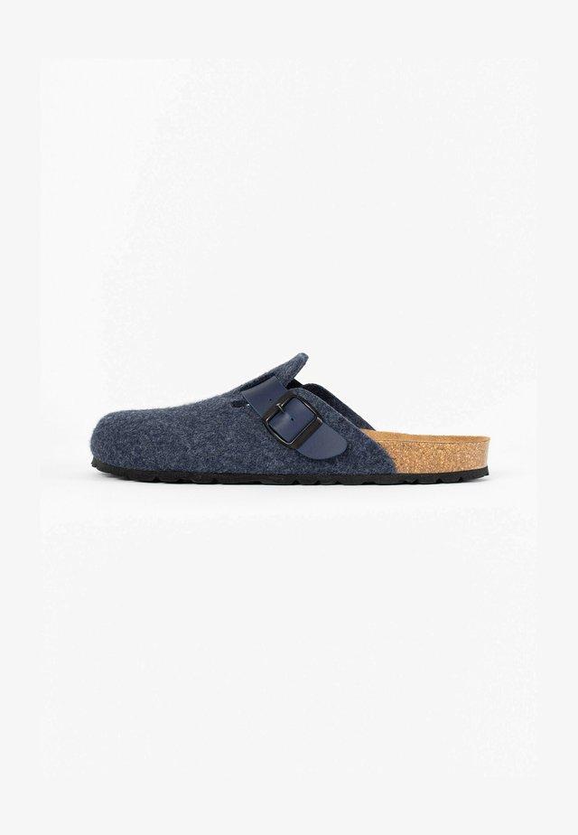 MOKE  - Sabots - navy blue