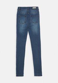 Name it - NKFPOLLY PANT - Jeans Skinny Fit - medium blue denim - 1