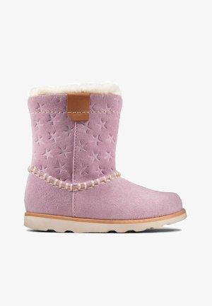 CROWN PIPER - Bottes de neige - lilac