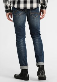 Mustang - OREGON TAPERED - Slim fit jeans - stone washed - 2