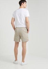 Polo Ralph Lauren - 6-INCH POLO PREPSTER TWILL SHORT - Shorts - khaki tan - 2