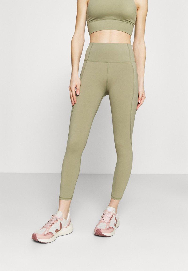 Cotton On Body - ULTIMATE BOOTY 7/8 - Leggings - oregano