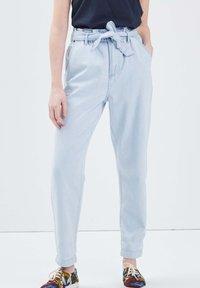 BONOBO Jeans - Jeans Tapered Fit - denim bleach - 0
