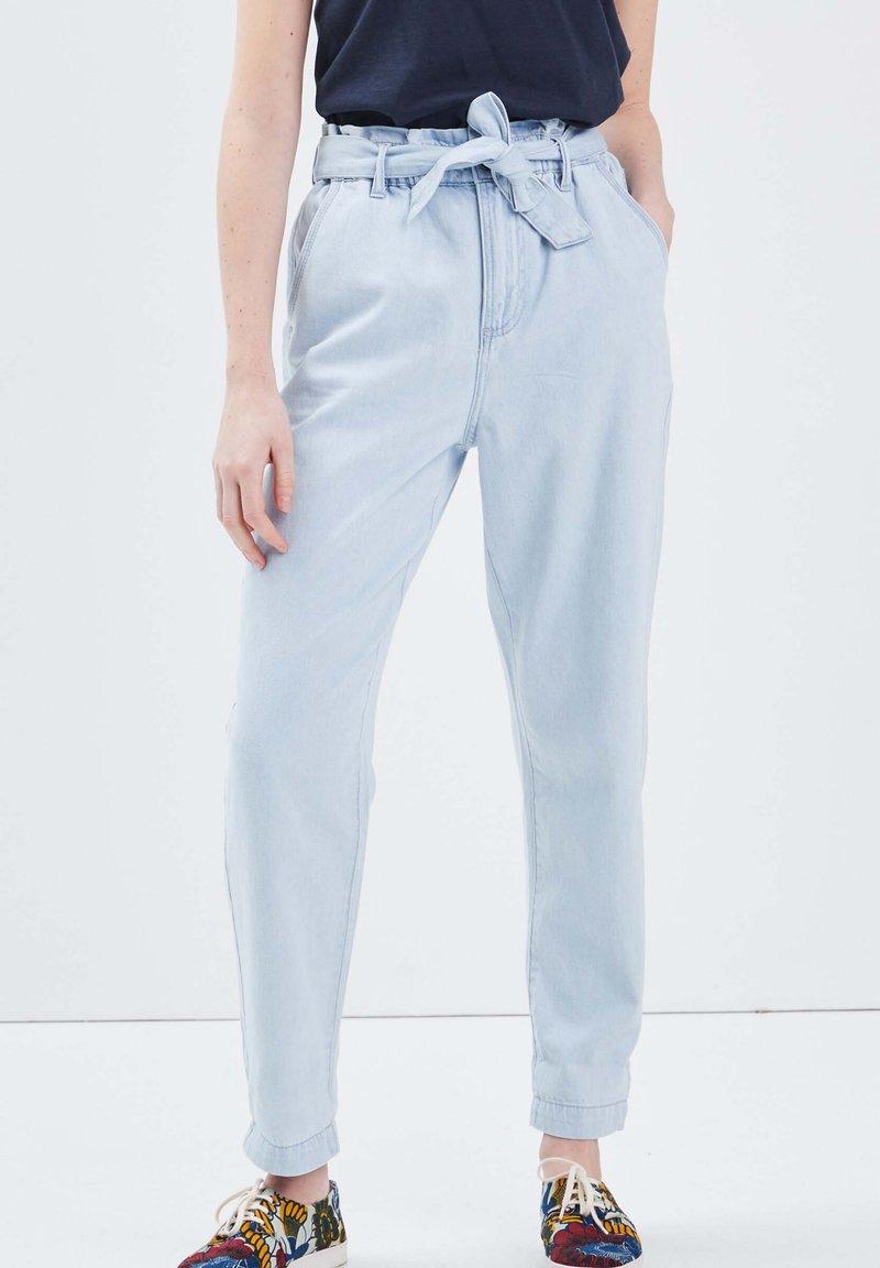 BONOBO Jeans - Jeans Tapered Fit - denim bleach