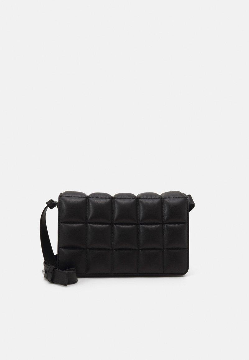 Monki - BOBBIE BAG - Across body bag - black dark