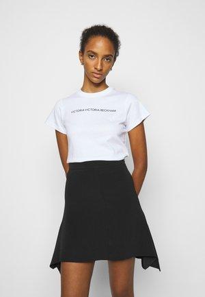 SLIM FIT LOGO - Print T-shirt - white