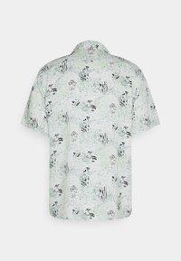 Levi's® - CUBANO SHIRT - Shirt - landscape camo grey ore - 1