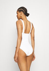 Etam - ELISA ONE PIECE - Swimsuit - blanc - 3