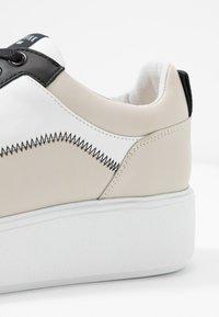Nubikk - ELISE BLUSH - Sneakers basse - white/multicolor - 2