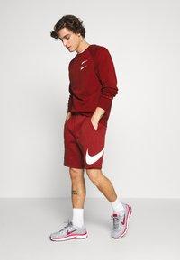 Nike Sportswear - Collegepaita - team red - 1