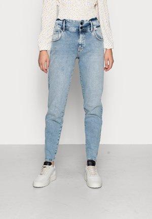 ONLINC LU - Jeans Tapered Fit - light blue denim