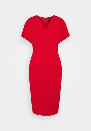 LUXE TECH DRESS - Denní šaty - orient red