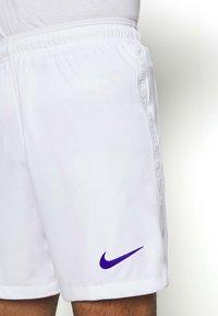 Nike Performance - PARIS ST GERMAIN SHORT - Sports shorts - white/old royal - 4