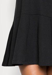 Vero Moda Curve - VMBISTAD - Denní šaty - black - 4