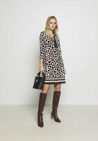 s.Oliver BLACK LABEL - Jersey dress - black - 1