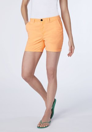 MIT WEBGÜRTEL - Shorts - orange pop