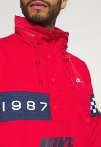 Nike Sportswear - REISSUE WALLIWAW  - Vindjacka - university red - 4